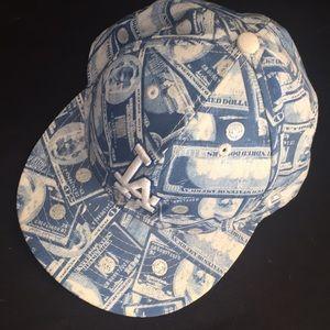 Genuine merchandise dodger cap 🧢
